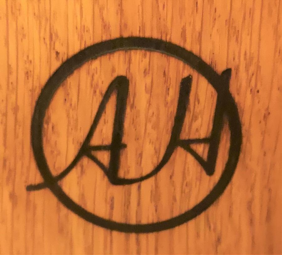 Anton Howlett artesano contemporáneo