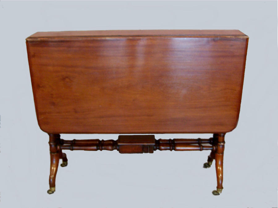 Antique Victorian sutherland table