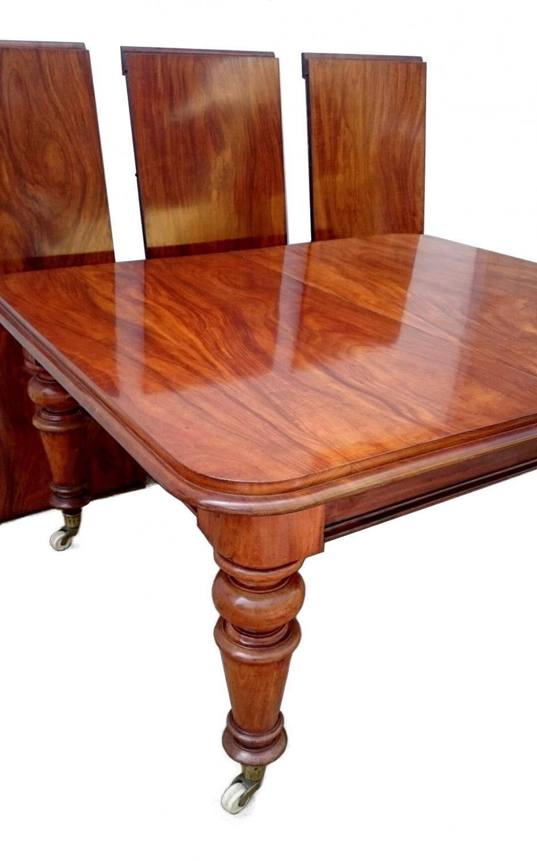 Antigua mesa de comedor grande de caoba in Mesas de comedor y mesitas