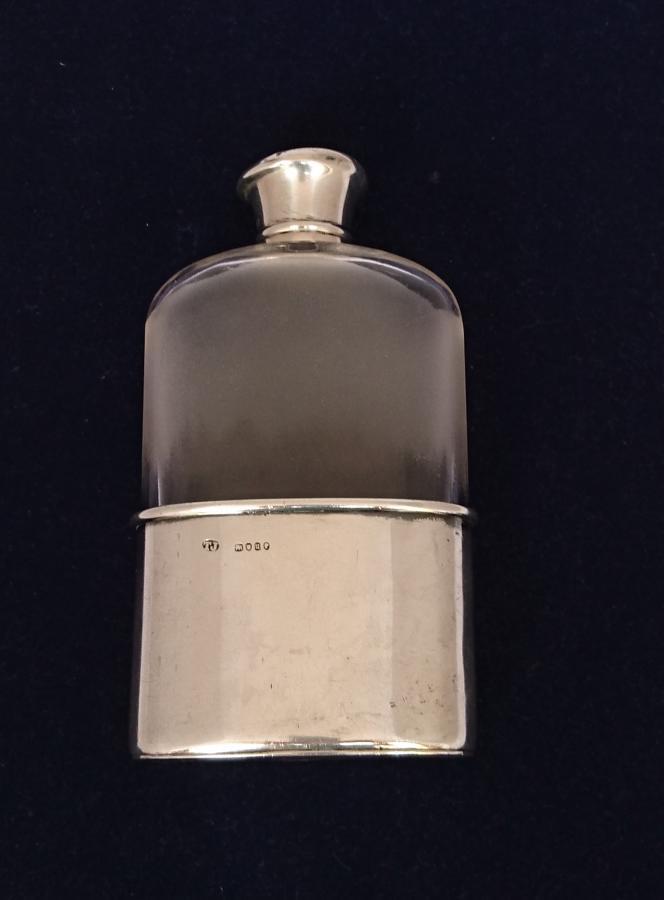 Petaca de licor de plata