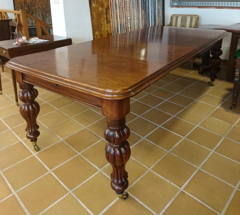 Mesa de comedor antigua de caoba extensible in Mesas de comedor y ...