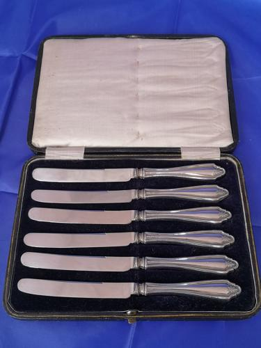 Cased set of six silver tea knives