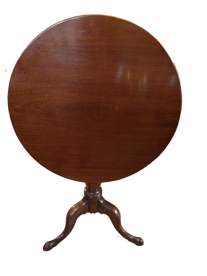 Georgian mahogany 18th century tip top table