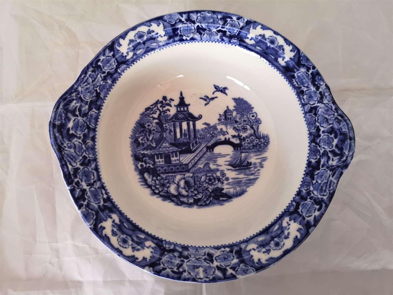 Engish blue and white fruit bowl circa 1940