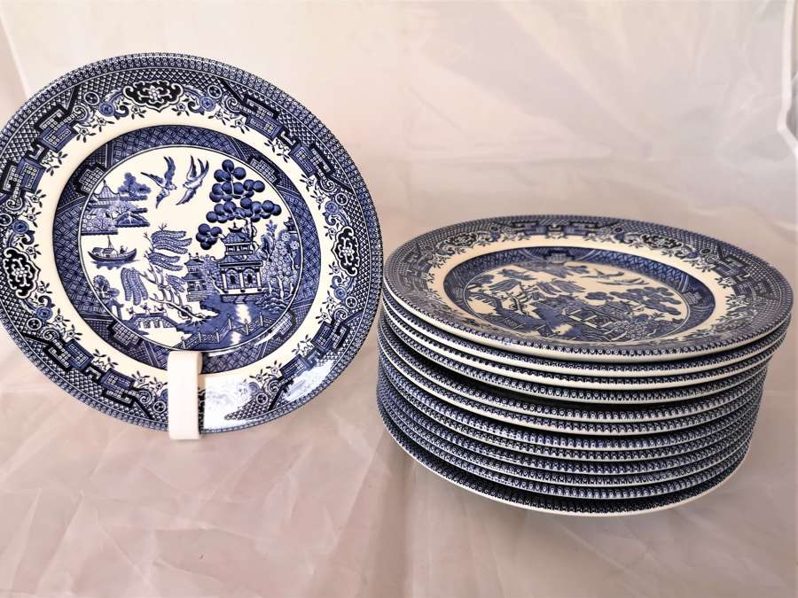 English blue and white Willow pattern plates