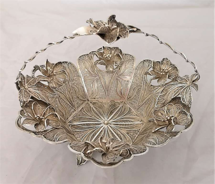 Filigree silver white metal basket