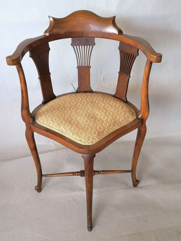 Mahogany Edwardian corner chair