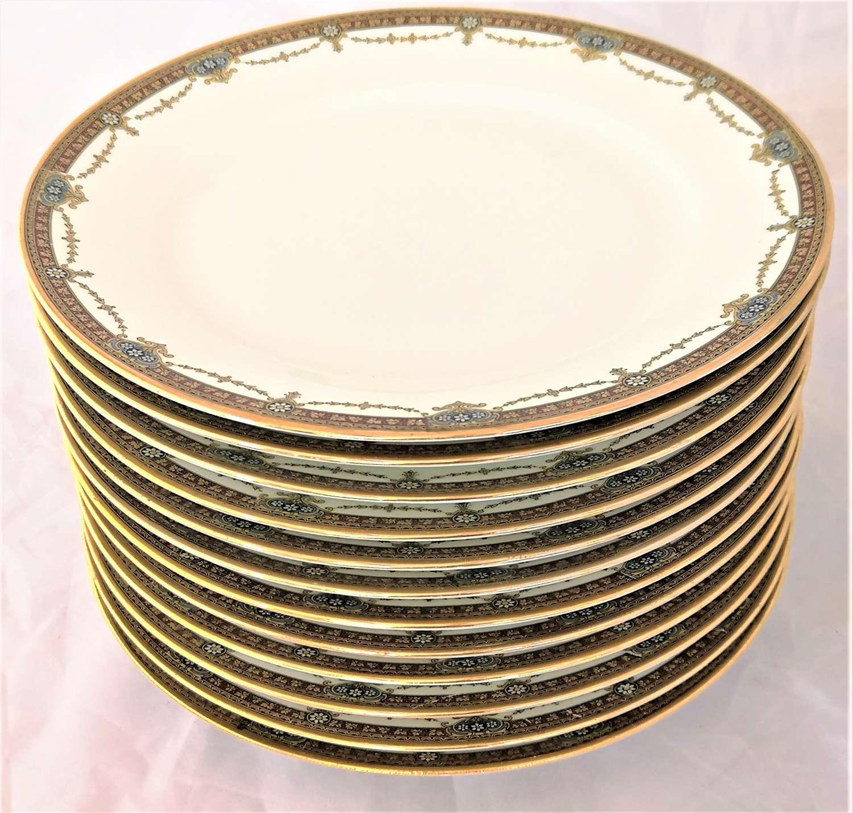Set of twelve Limoges porcelain dinner plates