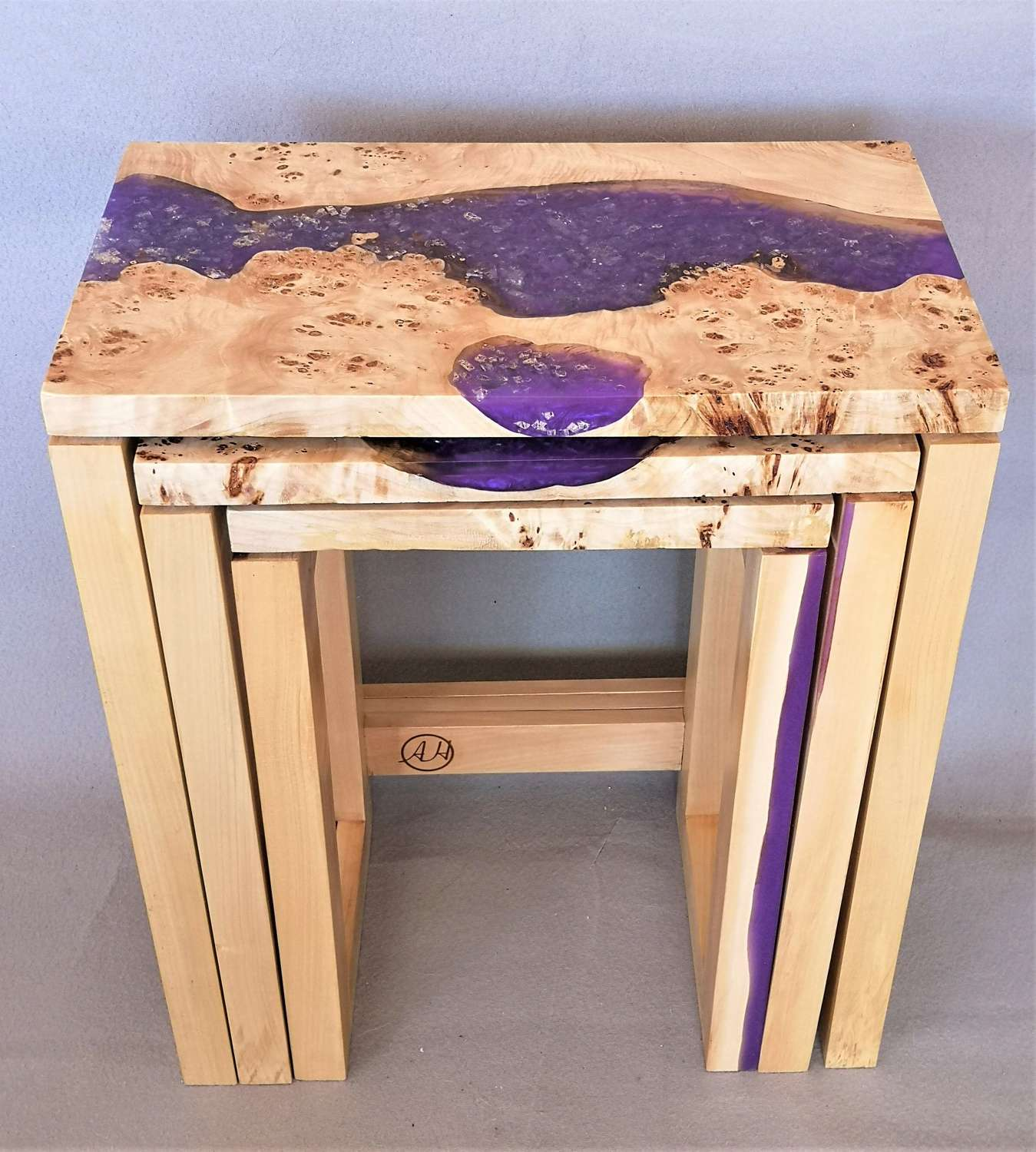 Contemporary set of 3 nest of resin tables