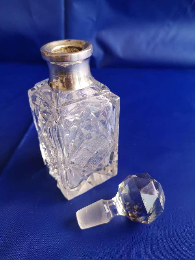 Perfumero antiguo ingles de cristal y plata de ley año 1921