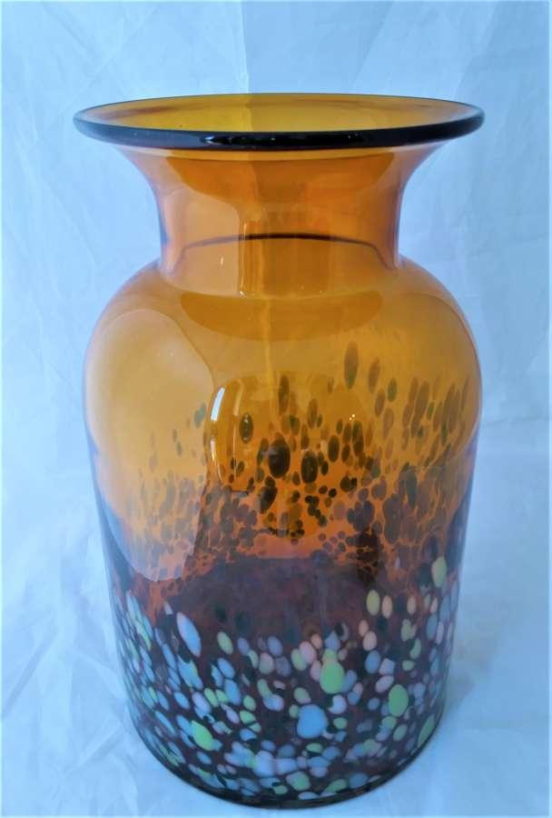 Gran jarrón artesanal de vidrio vintage