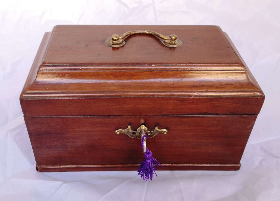 Antique 19th century mahoganybox