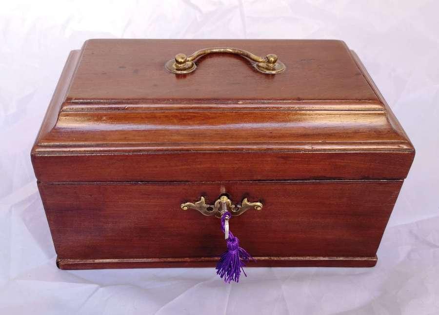 Antigua caja de caoba, ingles siglo XIX
