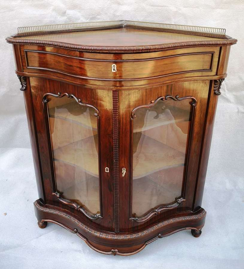 French 19th century rosewood corner cabinet